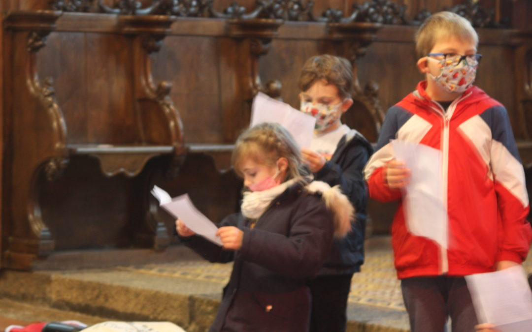 CE1A : chants à l'église